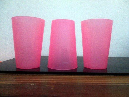 tiga-gelas